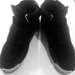 Jordan generation men's black/white gold sneakers